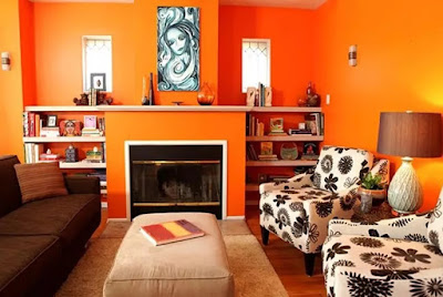 Warna Jingga pada ruangan