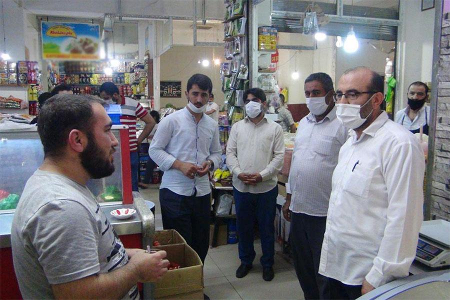 Silvan'da esnaf sıkıntılarını HÜDA PAR İlçe Başkanı'na anlattı