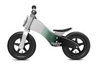 Mercedes-Benz Bikes 2013: Balance bike, silver-grey/Petronas green/black. Wood. Painted in Mercedes-Benz Motorsport design. Age 3+.