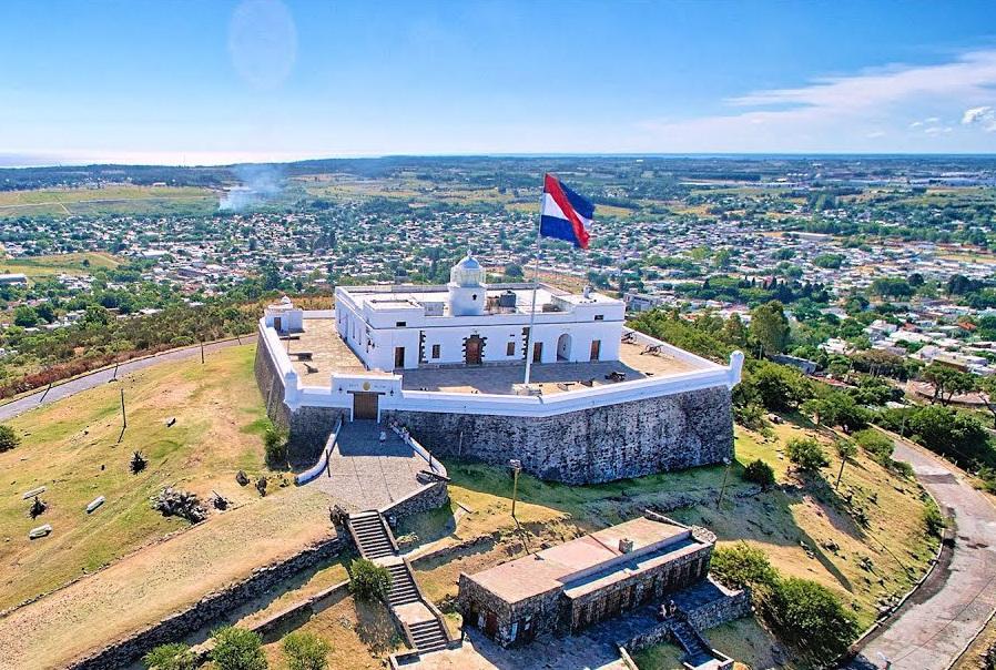 Montevideo en 1.000 imágenes.: Villa del Cerro y Fortaleza General ...