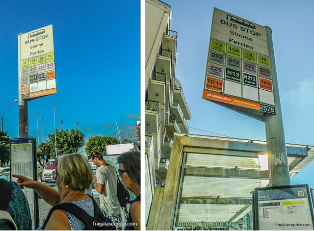Informação sobre transporte público nas paradas de ônibus de Malta