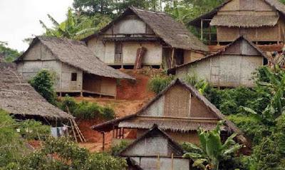 Rumah adat banten (Rumah badui)