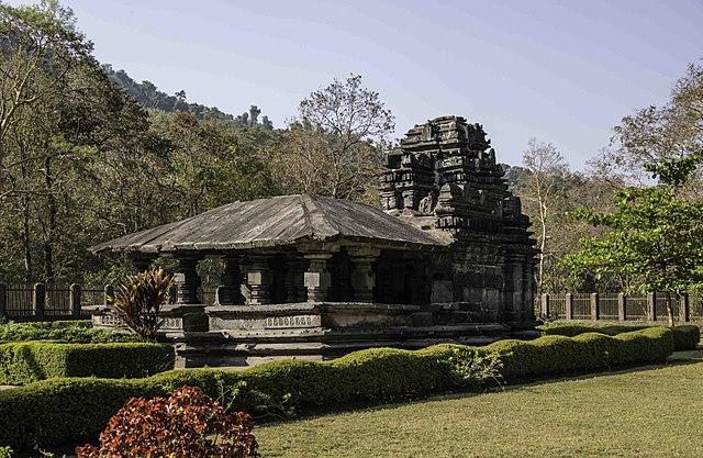 Mahadev Temple, Tamdi Surla, Goa