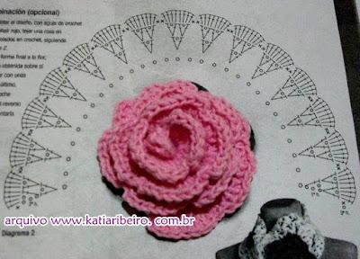 flor em crochê com gráfico
