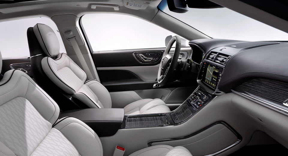 The Lincoln Chauffeur and At-Home Test Drives enhance the experience