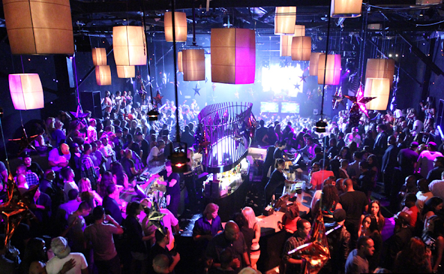 Balada Playhouse NightClub em Los Angeles