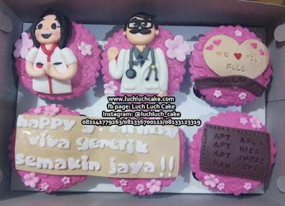 Cupcake Tema Dokter Kecantikan