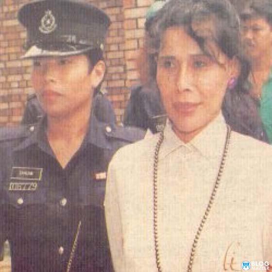 """""""Aku Duduk Kat Penjara Kajang, Ini yang Aku Alami Selepas Mona Fandey Mati di Tali Gantung"""""""