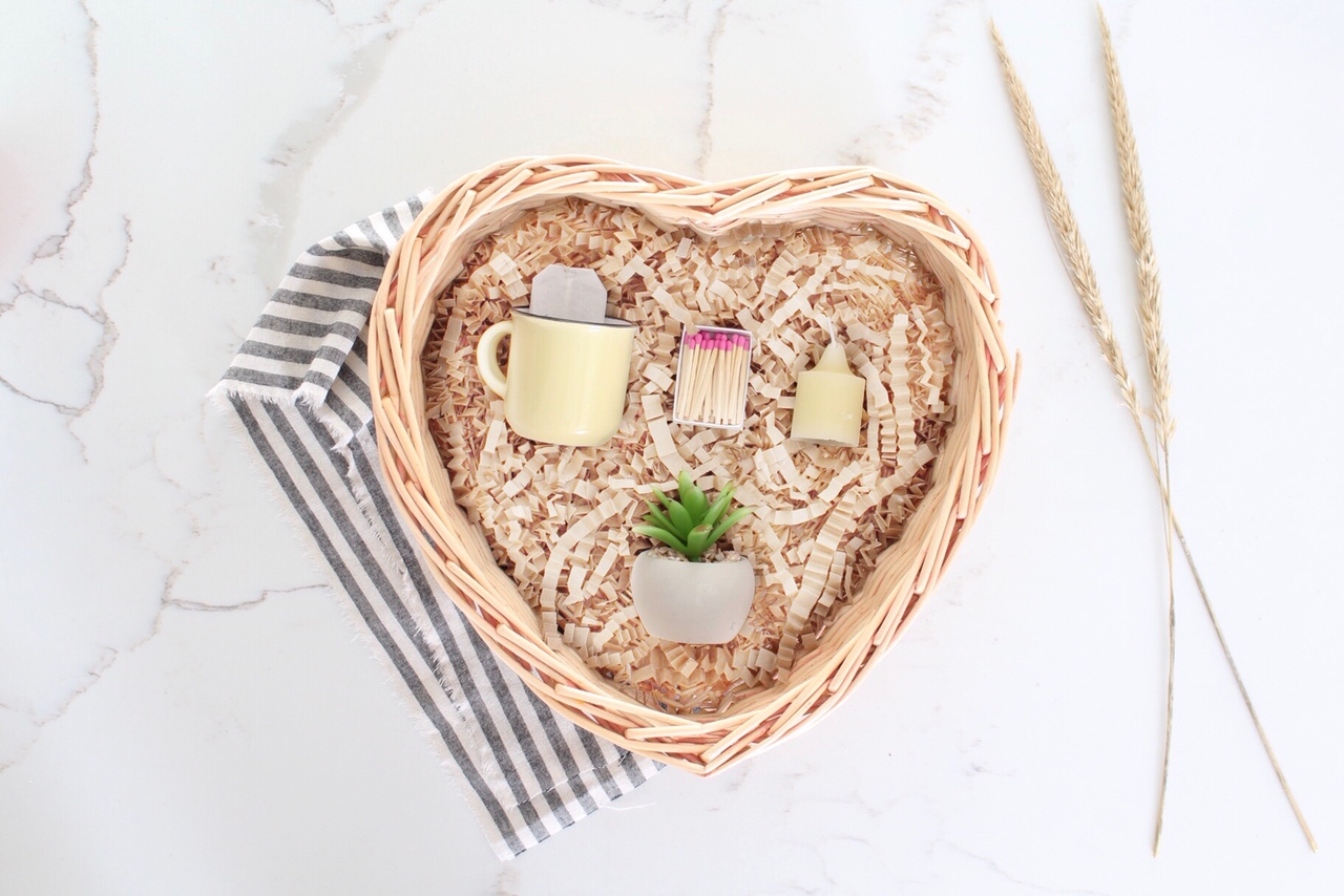 3 valentines day gift basket ideas for him