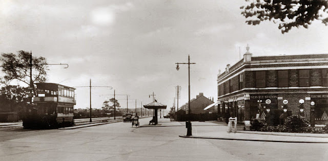 Corner of Fog Lane and Kingsway, Didsbury, 1940s