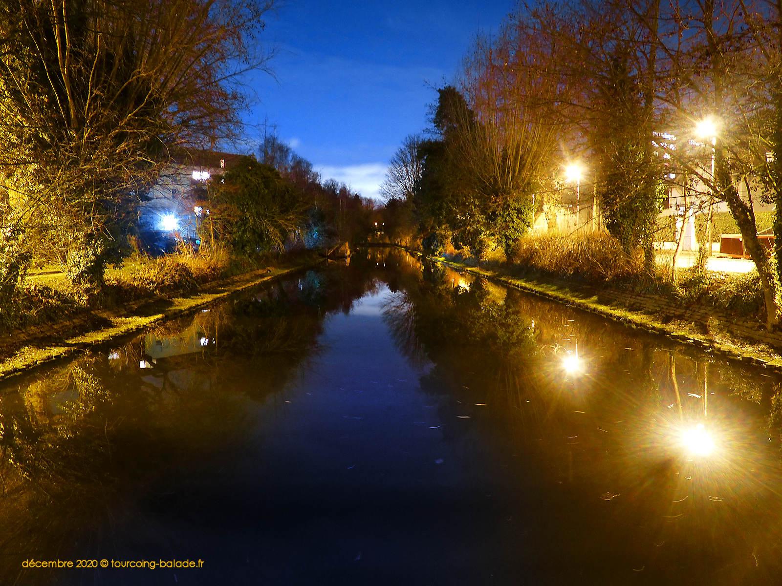 Canal depuis Pont du Halot de nuit, Tourcoing 2020