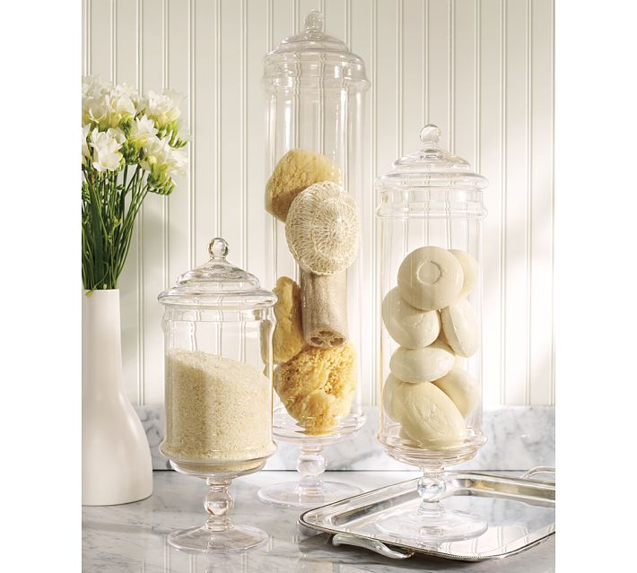 Ways To Decorate Glass Jars: Decorating With Apothecary Jars