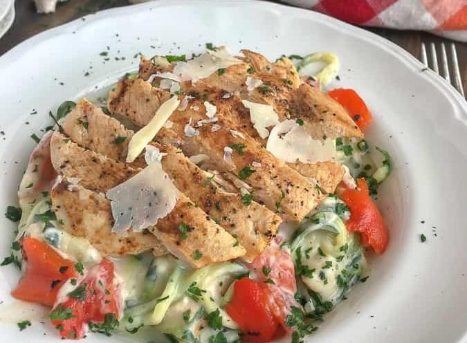 Grilled Chicken Cauliflower Alfredo with Zucchini Noodles #healthy #recipes