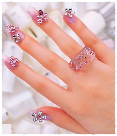 Cute French Nail Manicure Design