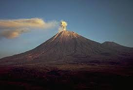 gunung Indonesia, jalur pendakian gunung, gunung terindah di Indonesia, gunung semeru