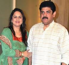 Pankaj Dheer Family Wife Son Daughter Father Mother Age Height Biography Profile Wedding Photos