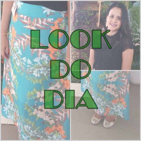 Look-do-dia-com-blusa-preta-saia-verde-estampada-e-sapatilhas-douradas