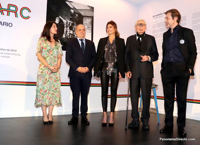 """Juliana Awada visitó en el CCK la muestra """"Un visionario"""" del artista Julio Le Parc"""