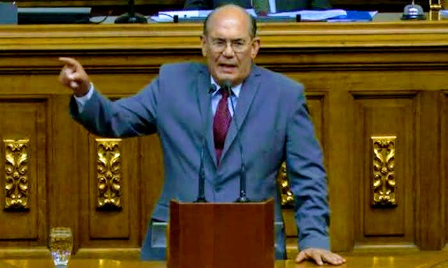 Omar González Moreno: Se desmorona todo   Venezuela