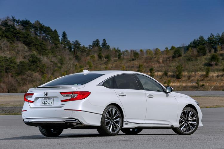 Honda Accord 2020 chất hơn với gói độ 80 triệu đồng chính hãng