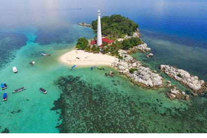 Ingin Jalan-Jalan Murah ke Belitung? Aplikasi ini Harus Anda Miliki
