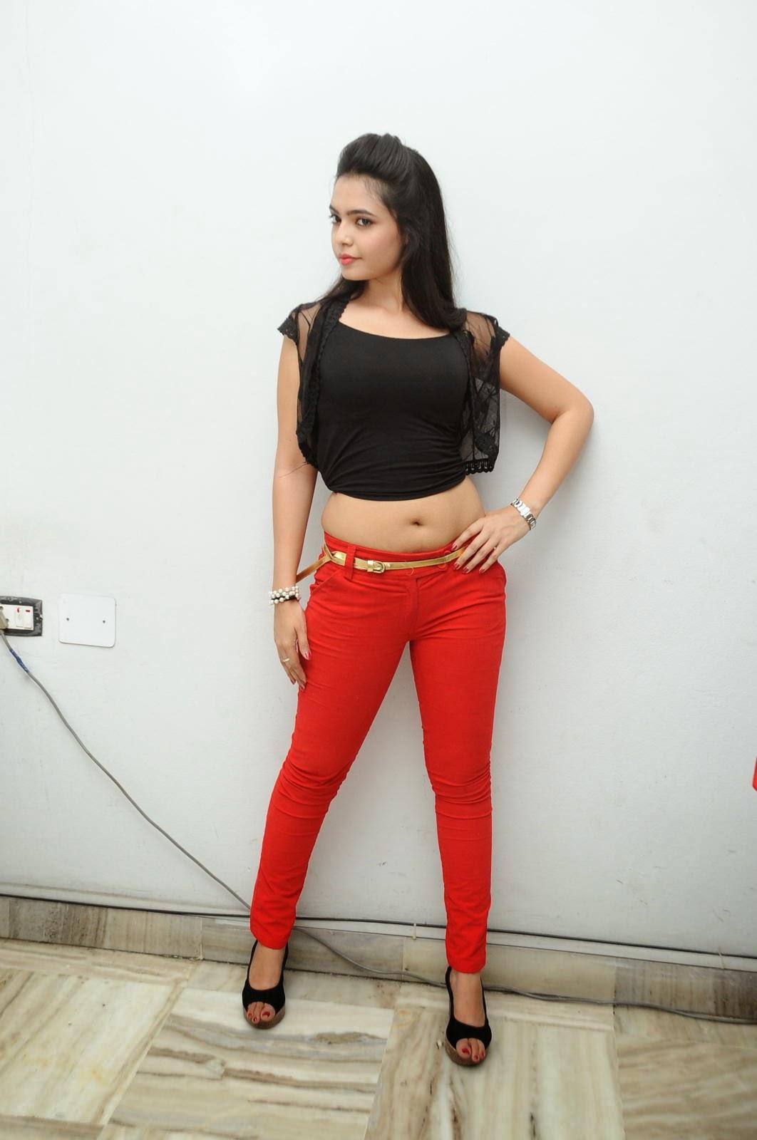 Young Actress Merina Photos at Veerudokkade audio-HQ-Photo-6