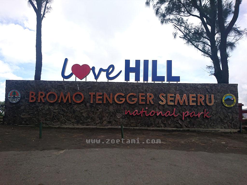 Camping di Bukit Cinta, Kawasan Bromo Tengger Semeru