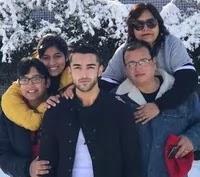 रोहित सुचांती अपने परिवार के साथ