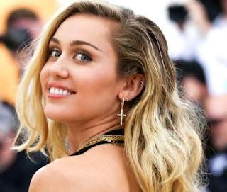 Download Kumpulan Lagu Miley Cyrus Mp3 Album TERHITS Lengkap