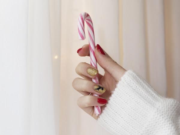 210. Świąteczny manicure - paznokcie z reniferem