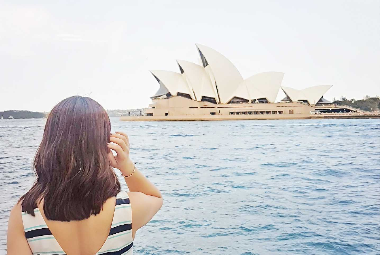 Sydney Opera House - Down Under Travel Guide: What You Can Eat and Do in Sydney