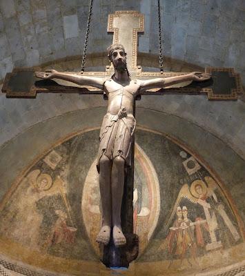 ROMÁNICO EN NUEVA YORK. THE CLOISTERS MET. Crucifijo