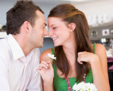 6 Hal yang Harus Dipikirkan Matang-matang Sebelum Menikah dengan Duda