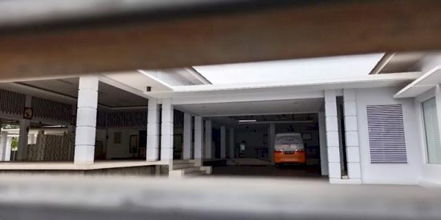 Miliki Harta Rp 100 Miliar, Rumah Mewah Azis Syamsuddin di Bandarlampung Hanya Ada Ambulans