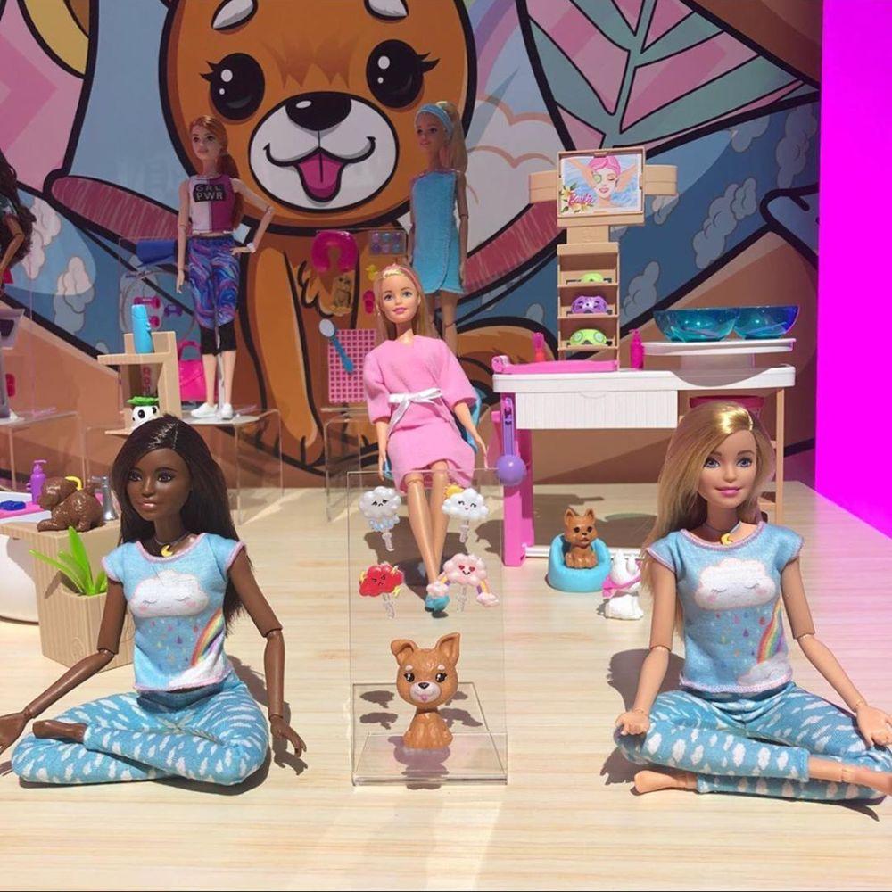 Новинки кукол Барби йоги в пижамах Barbie in pajamas