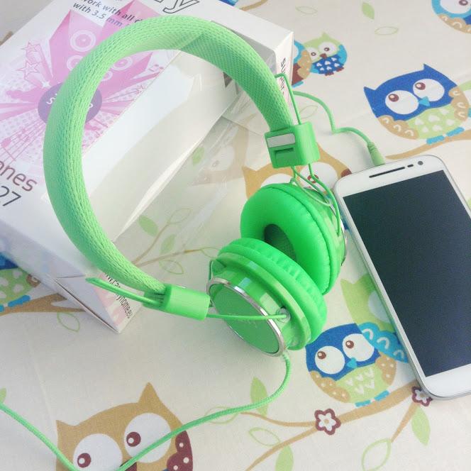 Słuchawki w kolorze greenery