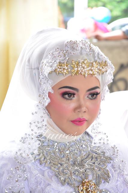 Rias pengantin muslimah dengan hijab