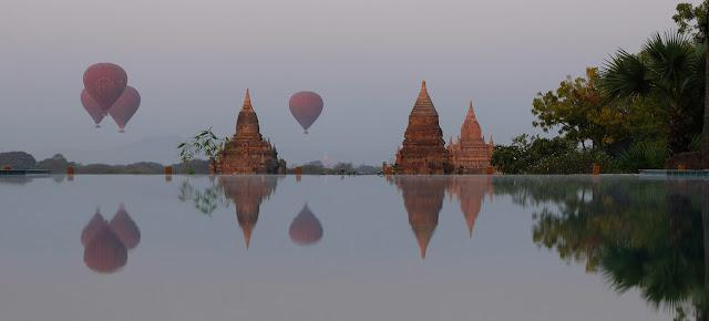 Globos con turistas viajan sobre las pagodas de Bagán, en Myanmar.Noticias ONU/Jing Zhang