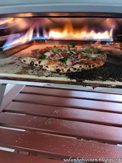 pizza hapanjuureen