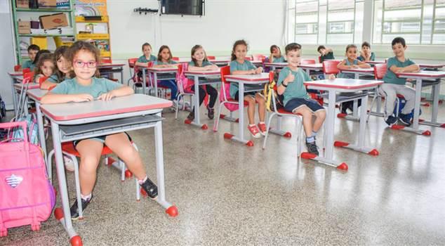 Rematrículas na Rede Municipal de Ensino começam hoje em Foz