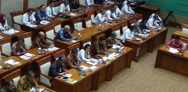 Di Depan Wakil Rakyat, Sri Mulyani: Rasio Utang Indonesia Masih Aman