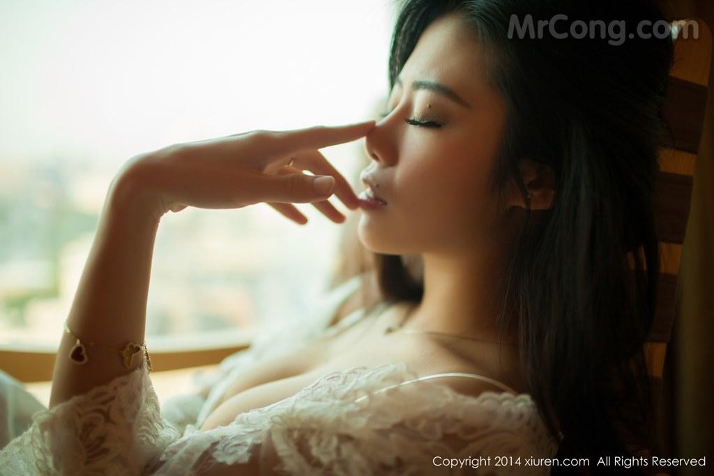 Image MrCong.com-XIUREN-No.161-Luvian-Ben-Neng-011 in post XIUREN No.161: Người mẫu Luvian (本能) (51 ảnh)
