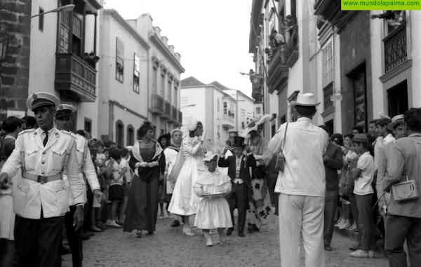 El Ayuntamiento capitalino organiza una edición del carnaval adaptado a la pandemia para recordar la esencia de la fiesta