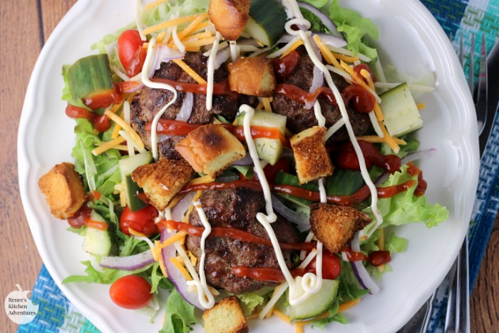 Cheeseburger Salad | by Renee's Kitchen Adventures - easy recipe for a classic cheeseburger in salad form makes a great lighter dinner or lunch. #SundaySupper