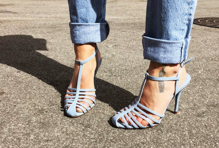 Look de Pernille Zara Sky Blue Sandals
