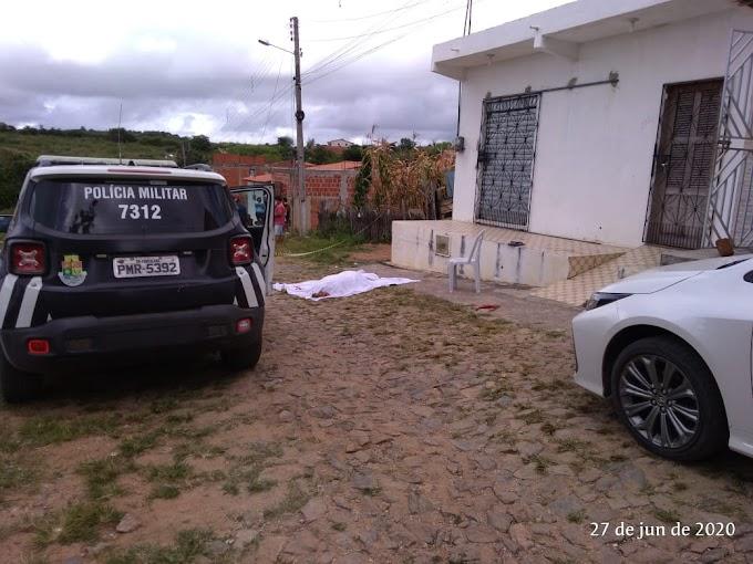 HOMEM EXECUTADO A TIROS NA CIDADE DE MONSENHOR TABOSA