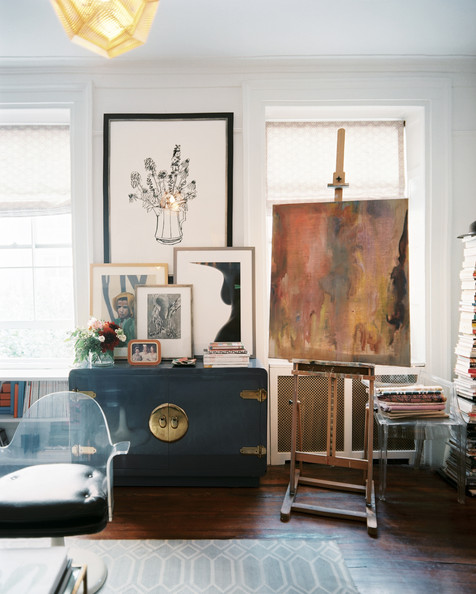 Ways To Decorate A Living Room: The Peak Of Très Chic: How To: Decorate Your Walls