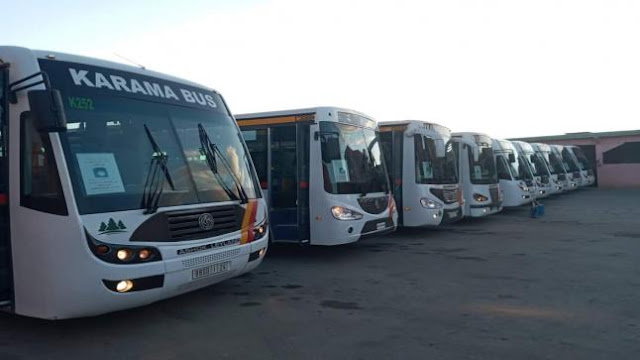 بالصور… حافلات الكرامة بخنيفرة تنخرط في عملية تعقيم وتطهير النقل العمومي