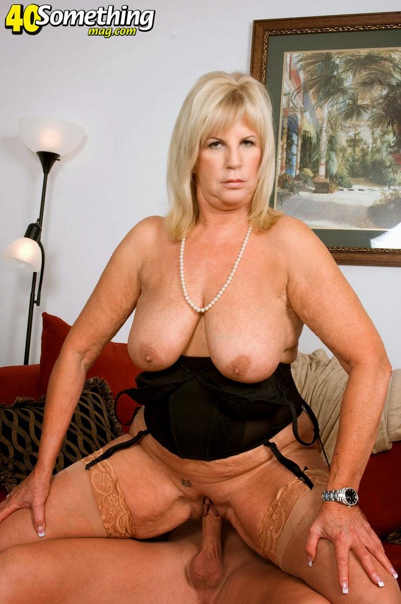 Секс фотки пожилых дам 13 фотография
