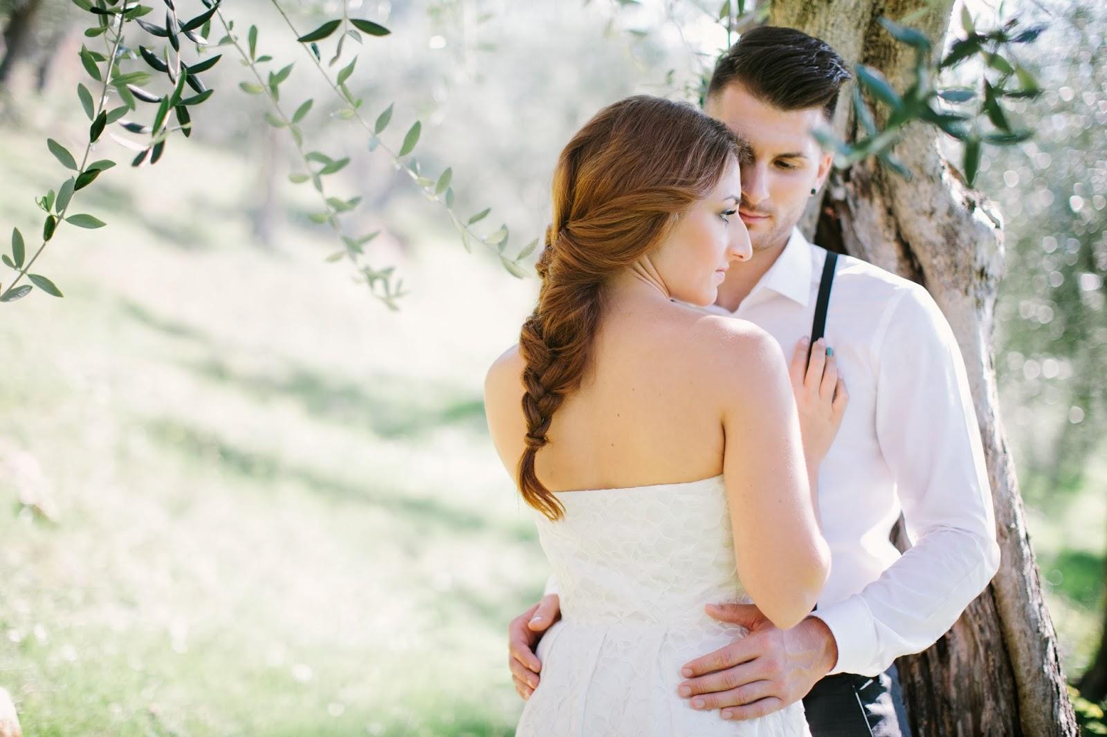 Matrimonio Tra Gli Ulivi Toscana : Matrimonio in toscana romantico shooting tra gli